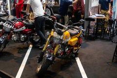 Ταϊλάνδη - το Δεκέμβριο του 2018: κλείστε επάνω τη μίνι μοτοσικλέτα πιθήκων που παρουσιάζεται στη μηχανή EXPO Nonthaburi Ταϊλάνδη στοκ φωτογραφίες