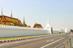 Ταϊλανδικά μεγάλα παλάτι αρχιτεκτονικής τοπίων άποψης και phra Wat keaw Στοκ Εικόνες