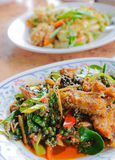 Ταϊλανδικά πικάντικα τηγανισμένα ψάρια Στοκ Εικόνες