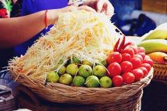 Ταϊλανδικά συστατικά τροφίμων για να κάνει το SOM Tam ή Papaya τη σαλάτα στοκ φωτογραφία με δικαίωμα ελεύθερης χρήσης