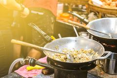 Ταϊλανδικά τρόφιμα οδών στοκ εικόνα με δικαίωμα ελεύθερης χρήσης