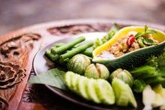 Ταϊλανδική κόλλα ` Nam Prik Apple ` τσίλι με το λαχανικό ως πλευρές Στοκ Εικόνες