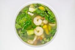 Ταϊλανδική πικάντικη μικτή φυτική σούπα με τις γαρίδες Στοκ Εικόνες