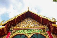 Ταϊλανδικός πολιτισμός ύφους ναών στεγών Στοκ Εικόνες