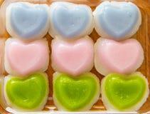 Ταϊλανδικό κέικ στρώματος καρδιά-που διαμορφώνεται Στοκ εικόνες με δικαίωμα ελεύθερης χρήσης