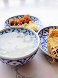 Ταϊλανδικό ρύζι τροφίμων στο ύδωρ πάγου Στοκ φωτογραφία με δικαίωμα ελεύθερης χρήσης
