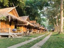 Ταϊλανδικό ύφος θερέτρου εξοχικών σπιτιών μπαμπού στοκ φωτογραφία με δικαίωμα ελεύθερης χρήσης