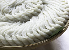 Ταϊλανδικό noodle στο καλάθι Στοκ εικόνες με δικαίωμα ελεύθερης χρήσης