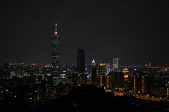 Ταϊπέι 101 τη νύχτα Στοκ φωτογραφία με δικαίωμα ελεύθερης χρήσης