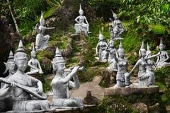 Ταϊλάνδη Μαγικά μυστικά αγάλματα κήπων του Βούδα σε Samui Ταξίδι, Τ Στοκ φωτογραφία με δικαίωμα ελεύθερης χρήσης