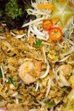 Ταϊλανδικά τηγανισμένα τρόφιμα ραβδιά ρυζιού με τις γαρίδες Στοκ φωτογραφία με δικαίωμα ελεύθερης χρήσης