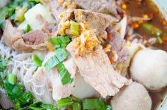 Ταϊλανδικά τρόφιμα, νουντλς Στοκ εικόνα με δικαίωμα ελεύθερης χρήσης