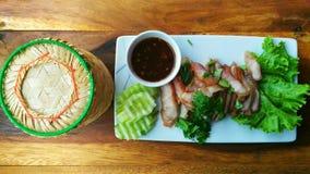 Ταϊλανδικά τρόφιμα στο Βορρά - ανατολικό στην Ταϊλάνδη Στοκ Φωτογραφία