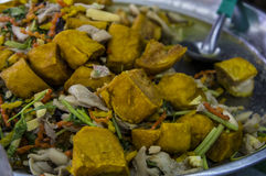 Ταϊλανδική έννοια χορταριών βασιλικού κάρρυ πλανόδιων πωλητών τροφίμων Στοκ Εικόνες