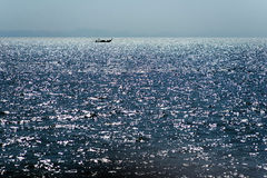 Ταϊλανδική βάρκα στον ορίζοντα στοκ φωτογραφίες με δικαίωμα ελεύθερης χρήσης