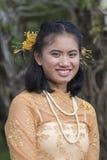 Ταϊλανδική γυναίκα πορτρέτου κατά τη διάρκεια του φεστιβάλ φεγγαριών χρώματος Phangan, Ταϊλάνδη Στοκ φωτογραφίες με δικαίωμα ελεύθερης χρήσης
