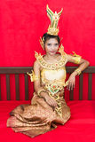Ταϊλανδική κυρία στο παραδοσιακό κοστούμι στοκ εικόνα
