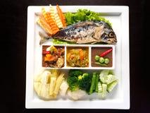 Ταϊλανδική κόλλα τσίλι τριών ύφους (Nam Prik) που απομονώνεται στο μαύρο υπόβαθρο - δημοφιλή ταϊλανδικά τρόφιμα Στοκ Φωτογραφία