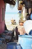 Ταϊλανδική οδός με την ωκεάνια άποψη Στοκ εικόνα με δικαίωμα ελεύθερης χρήσης
