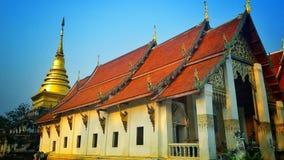 Ταϊλανδική παγόδα ύφους (chang lom) Στοκ εικόνα με δικαίωμα ελεύθερης χρήσης