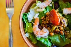 Ταϊλανδική σαλάτα με τις γαρίδες και τα λαχανικά Στοκ εικόνες με δικαίωμα ελεύθερης χρήσης