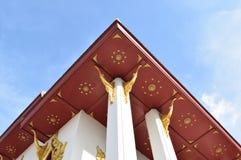 Ταϊλανδική τέχνη στο αέτωμα ναών Στοκ εικόνες με δικαίωμα ελεύθερης χρήσης