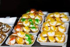 Ταϊλανδική τριζάτη τηγανίτα, επιδόρπιο της Ταϊλάνδης. Στοκ φωτογραφία με δικαίωμα ελεύθερης χρήσης