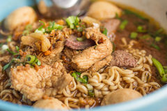 Ταϊλανδική Noodle σούπα με το κρέας Στοκ Εικόνες