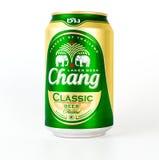 Ταϊλανδικός κλασικός Chang μπύρας που απομονώνεται στο λευκό Στοκ φωτογραφία με δικαίωμα ελεύθερης χρήσης