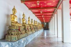 Ταϊλανδικός ναός αγαλμάτων του Βούδα δημόσια Στοκ Εικόνες