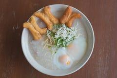 Ταϊλανδικό κουάκερ ρυζιού ύφους στοκ εικόνα