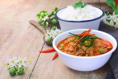 Ταϊλανδικό κόκκινο κάρρυ με το γάλα χοιρινού κρέατος και καρύδων & x28 panaeng& x29  Στοκ Εικόνα