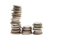 Ταϊλανδικό μπατ σωρών νομισμάτων, στο άσπρο υπόβαθρο, Στοκ εικόνα με δικαίωμα ελεύθερης χρήσης