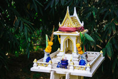 Ταϊλανδικό σπίτι για τα πνεύματα Στοκ Εικόνες