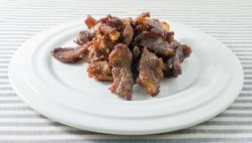 Ταϊλανδικό τσιγαρισμένο τρόφιμα βόειο κρέας σε ένα πιάτο Στοκ Εικόνα