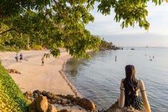 Ταϊλανδός λίγη γοργόνα στο ηλιοβασίλεμα Στοκ Φωτογραφίες