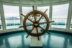 Ταύρος σκαφών στο θάλαμο ελέγχου Στοκ Φωτογραφίες
