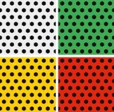 Τα άνευ ραφής σχέδια σφαιρών ποδοσφαίρου καθορισμένα άσπρο πράσινο Στοκ Εικόνες