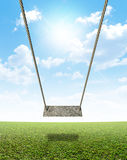 Ταλάντευση σχοινιών στον πράσινο τομέα Στοκ Εικόνα