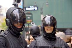 Τα άτομα φορούν ως ρομπότ Στοκ Φωτογραφίες