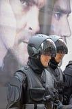 Τα άτομα φορούν ως ρομπότ Στοκ εικόνα με δικαίωμα ελεύθερης χρήσης