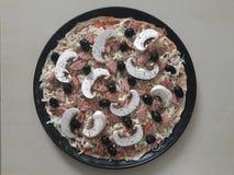 Άψητη πίτσα στοκ εικόνες