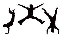 τα αγόρια πηδούν