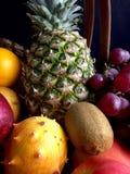 Τα ανάμεικτα φρούτα στο α στοκ φωτογραφία
