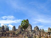 Τα αρχαία πρόσωπα πετρών του ναού Bayon, Angkor, Siem συγκεντρώνουν, Καμπότζη 1 Σεπτεμβρίου 2015 Στοκ εικόνα με δικαίωμα ελεύθερης χρήσης