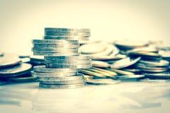 Τα ασημένια νομίσματα που, εκλεκτής ποιότητας τόνος χρώματος Στοκ φωτογραφία με δικαίωμα ελεύθερης χρήσης