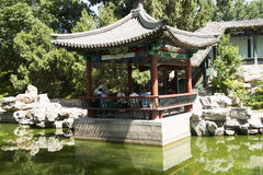 Τα ασιατικά κινέζικα, Πεκίνο, πάρκο λιμνών Longtan, παλαιά κτήρια Στοκ φωτογραφία με δικαίωμα ελεύθερης χρήσης