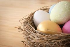 τα αυγά Πάσχας ανασκόπησης θέτουν τρία Στοκ Εικόνες