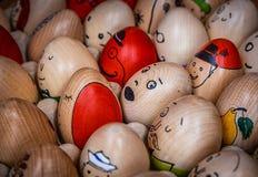 τα αυγά Πάσχας χρωμάτισαν π&al Στοκ Φωτογραφία