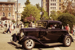 τα αυτοκίνητα παλαιά εμφ&alph Στοκ εικόνα με δικαίωμα ελεύθερης χρήσης